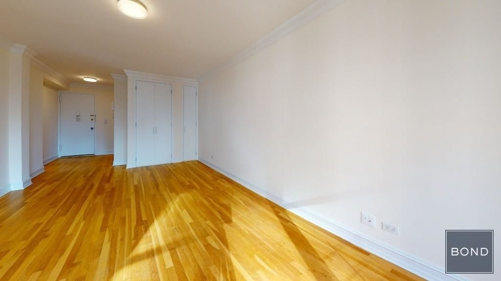 W 13 street and Eighth ave - Photo 1