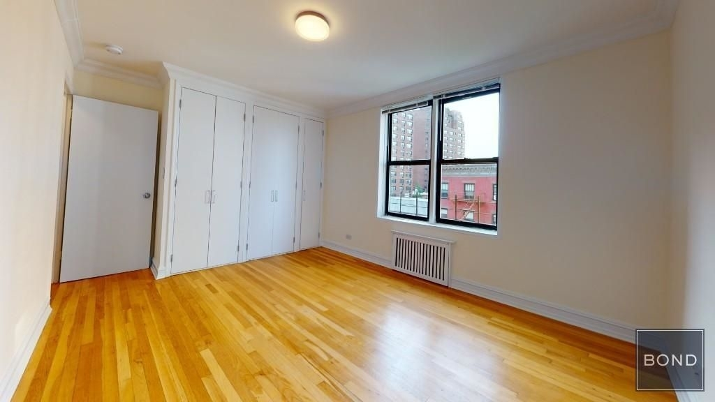 W 13 street and Eighth ave - Photo 3