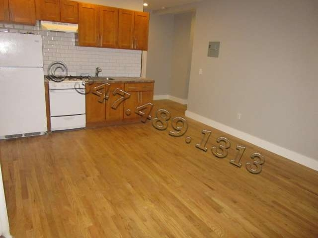 1571 Sterling Place - Photo 0