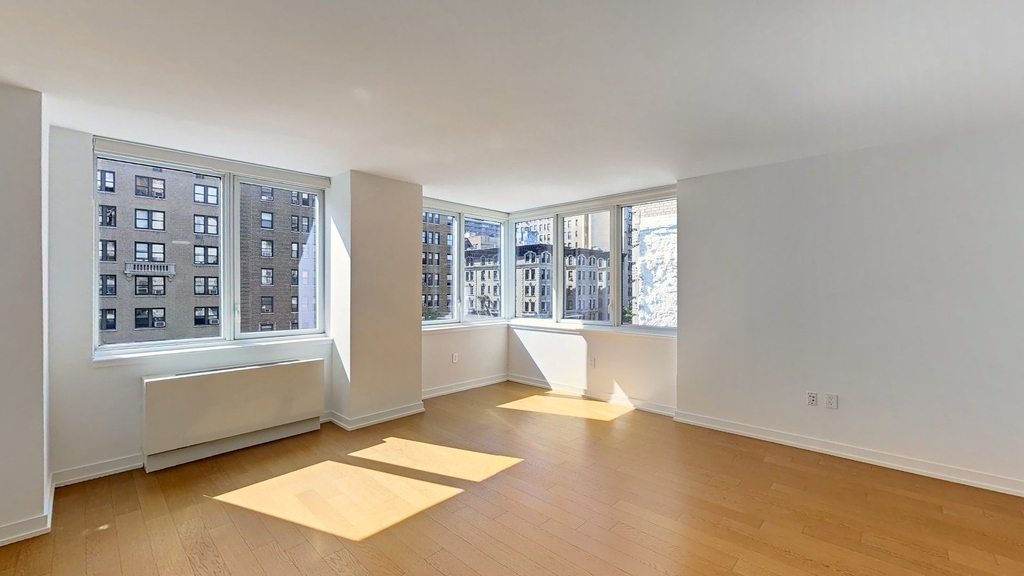 250 West 93rd St - Photo 1