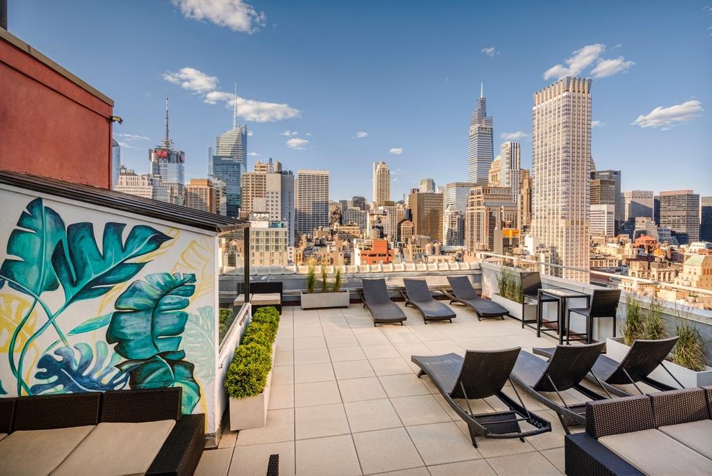 Sixth Avenue - Photo 10