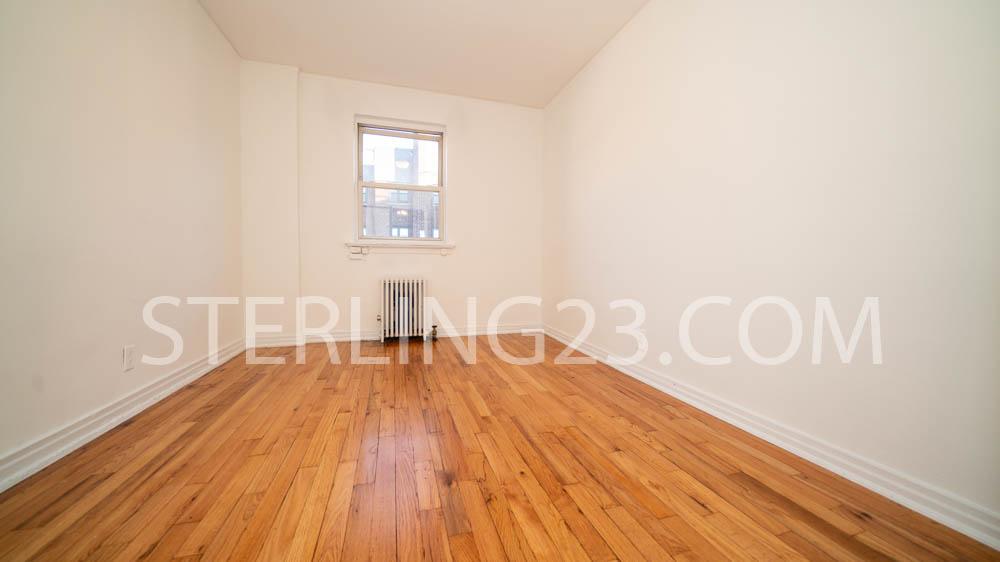 20-43 23rd Street - Photo 7