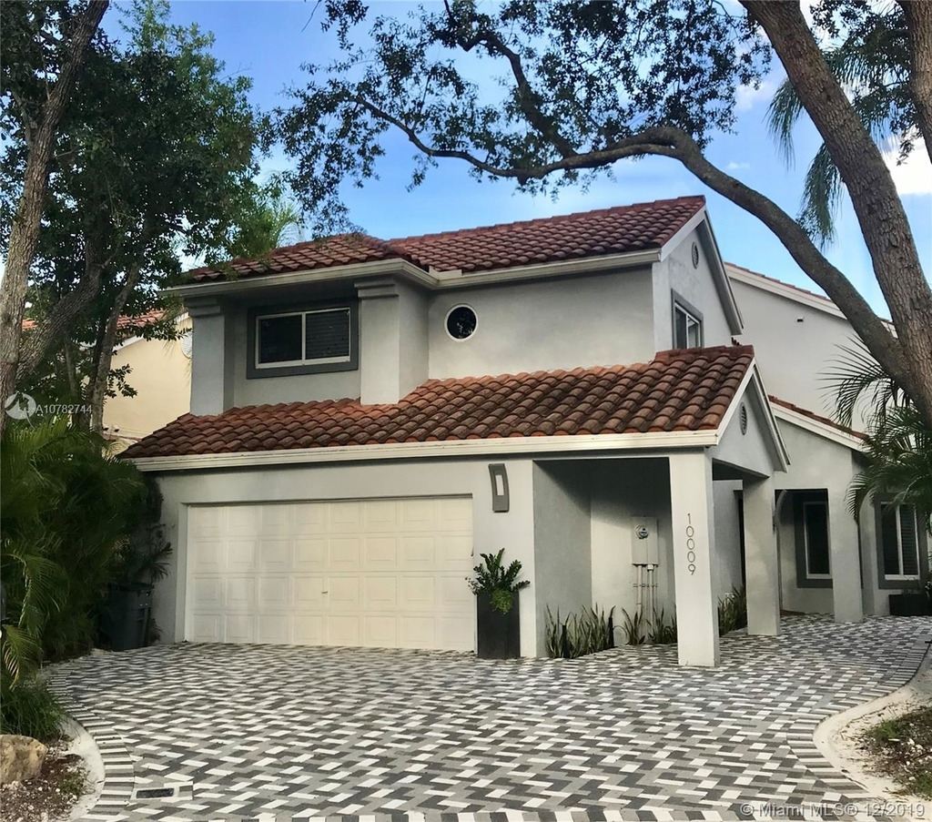 10009 Nw 4th St - Photo 1