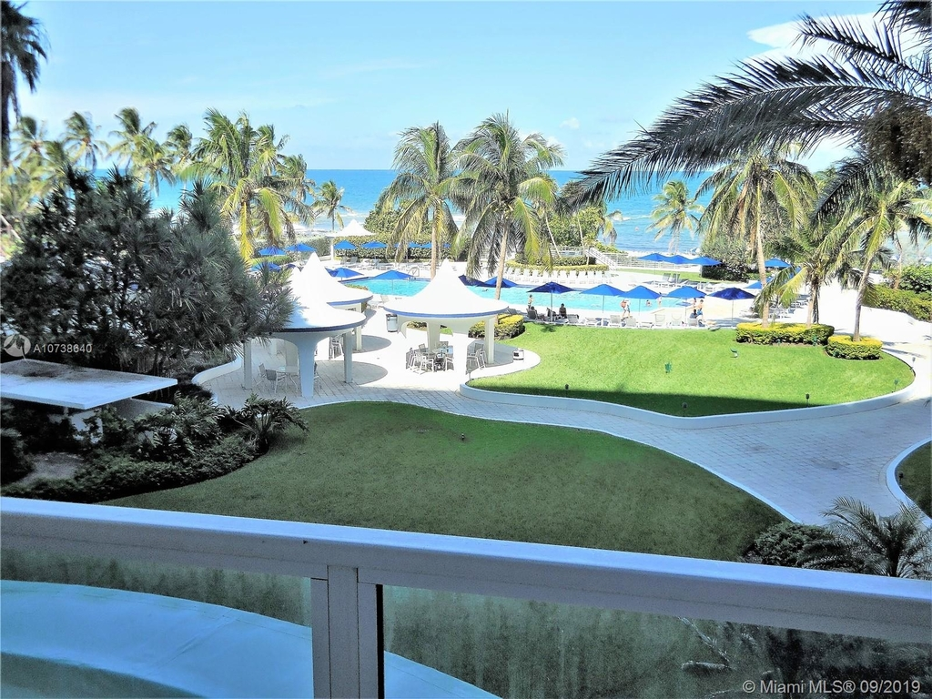 5151 Collins Ave - Photo 5