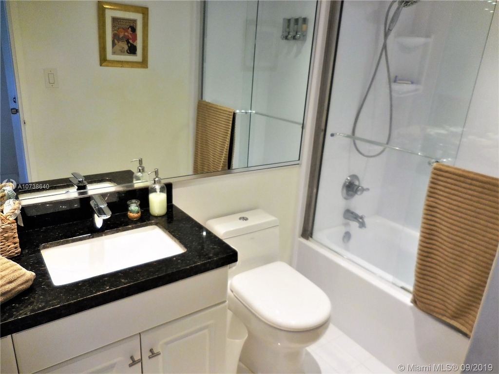 5151 Collins Ave - Photo 66