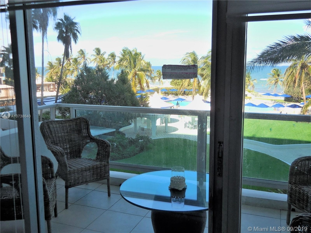 5151 Collins Ave - Photo 22