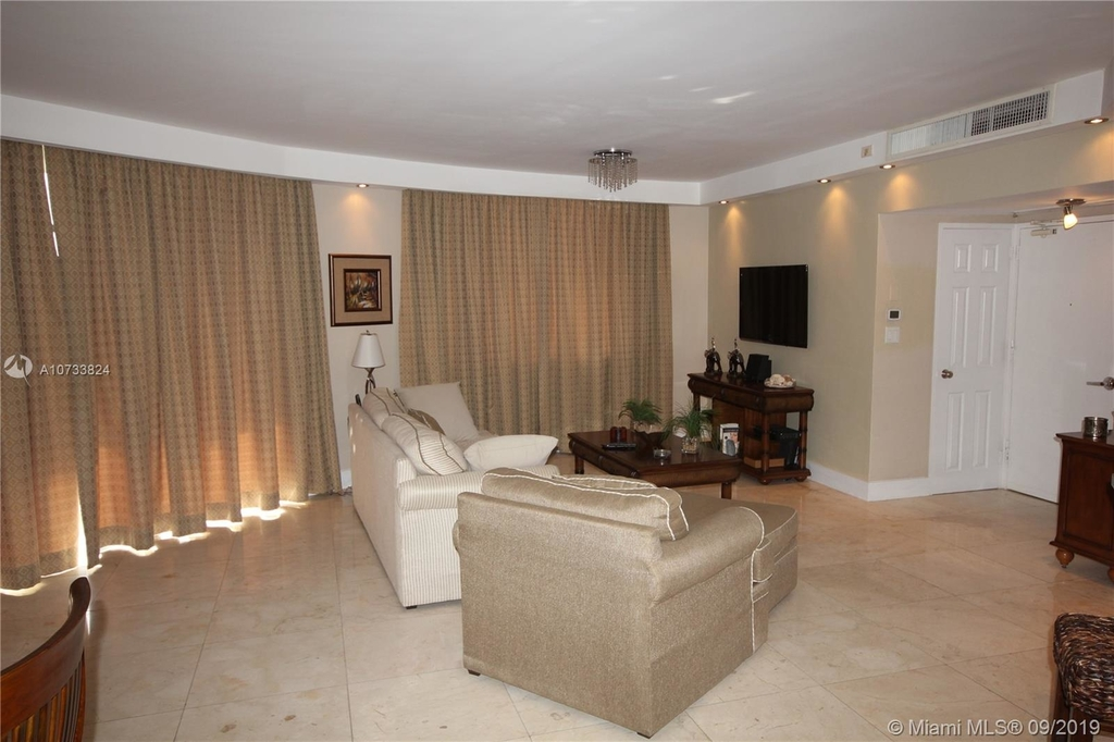 5161 Collins Ave - Photo 143