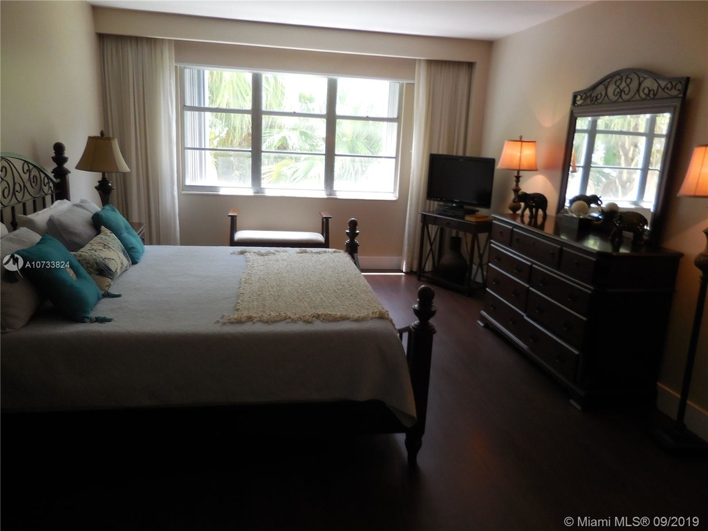 5161 Collins Ave - Photo 90