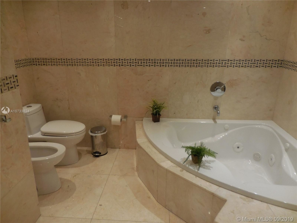 5161 Collins Ave - Photo 111