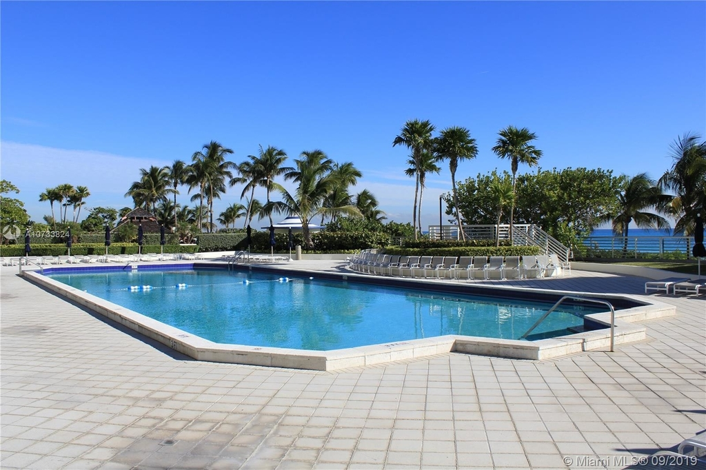 5161 Collins Ave - Photo 214