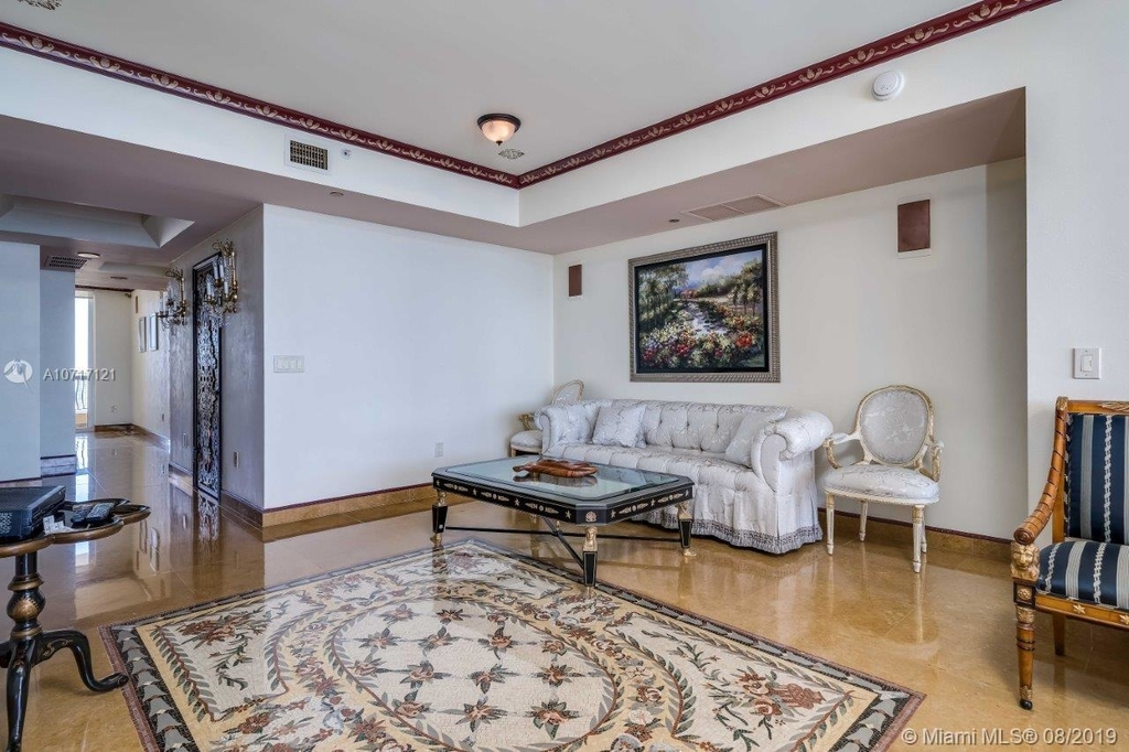 17875 Collins Ave - Photo 46