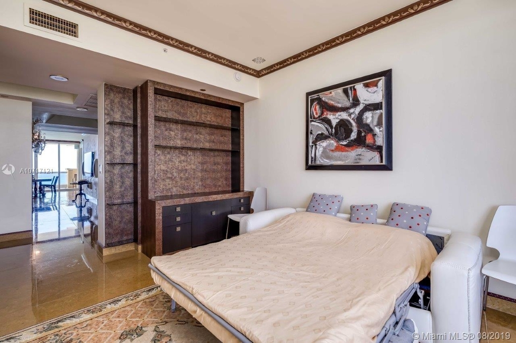 17875 Collins Ave - Photo 87
