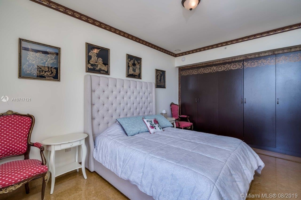 17875 Collins Ave - Photo 80