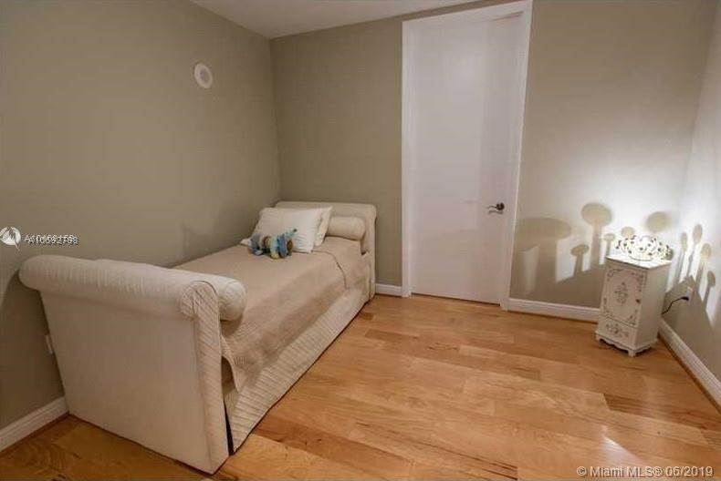 16001 Collins Ave - Photo 52