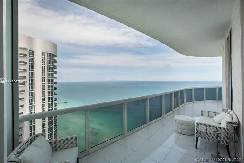 15901 Collins Ave - Photo 50