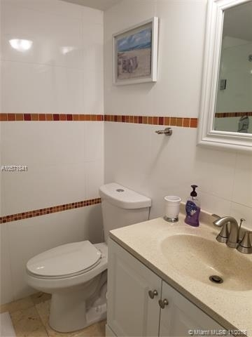 5161 Collins Ave - Photo 35