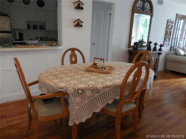 5161 Collins Ave - Photo 37