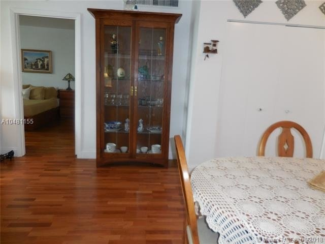 5161 Collins Ave - Photo 43