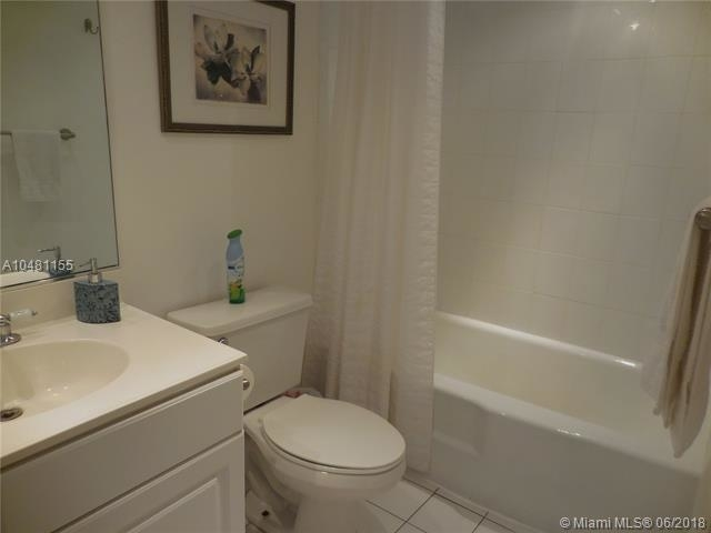 5161 Collins Ave - Photo 36