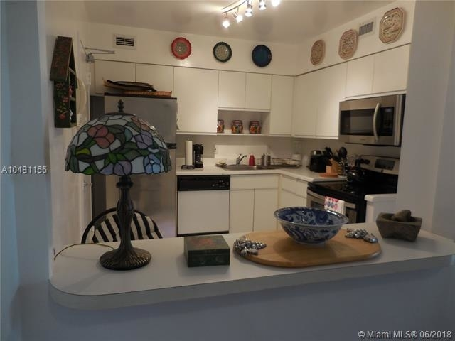 5161 Collins Ave - Photo 95
