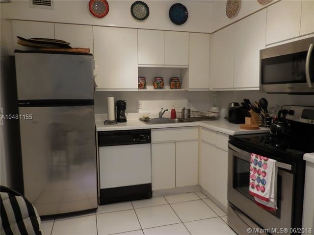 5161 Collins Ave - Photo 74