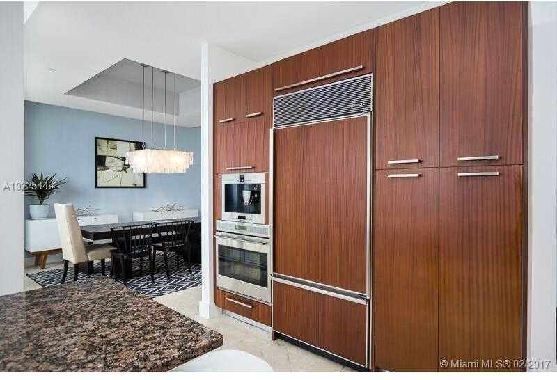 15811 Collins Ave - Photo 12