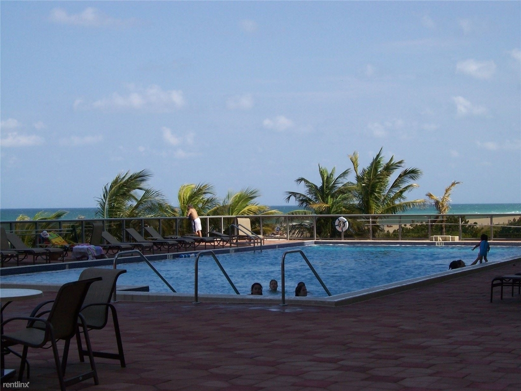 6039 Collins Ave - Photo 7