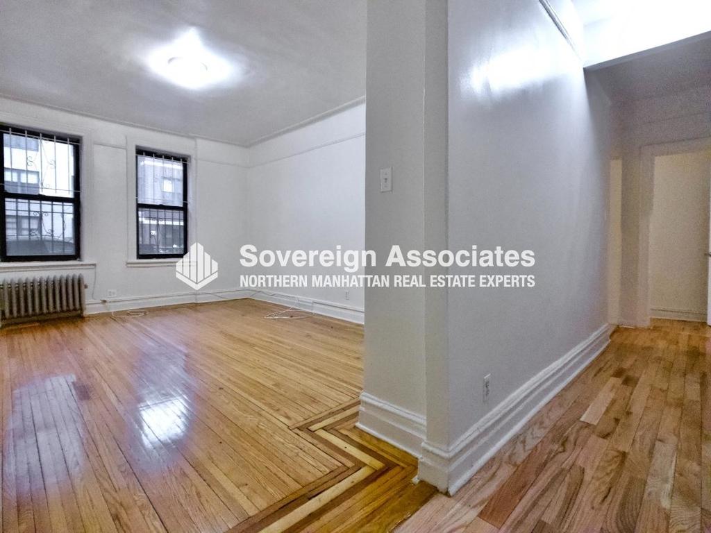 565 Fort Washington Avenue - Photo 1