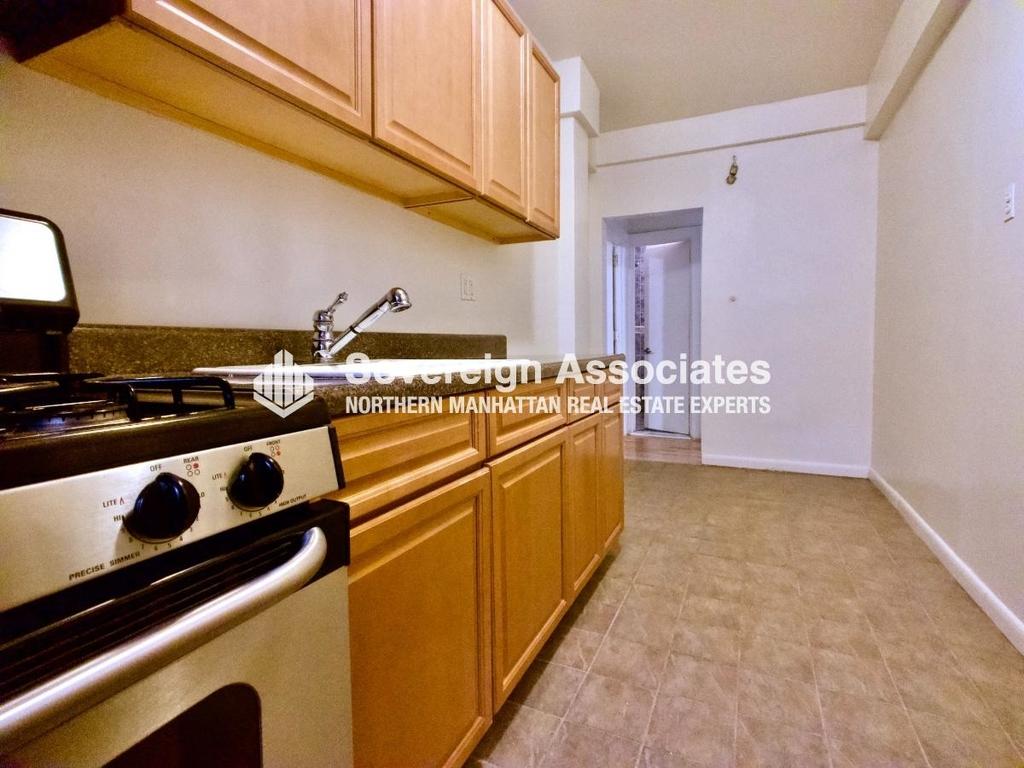 565 Fort Washington Avenue - Photo 4