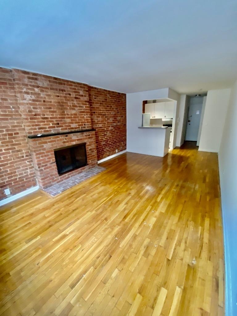 530 east 89 street - Photo 1