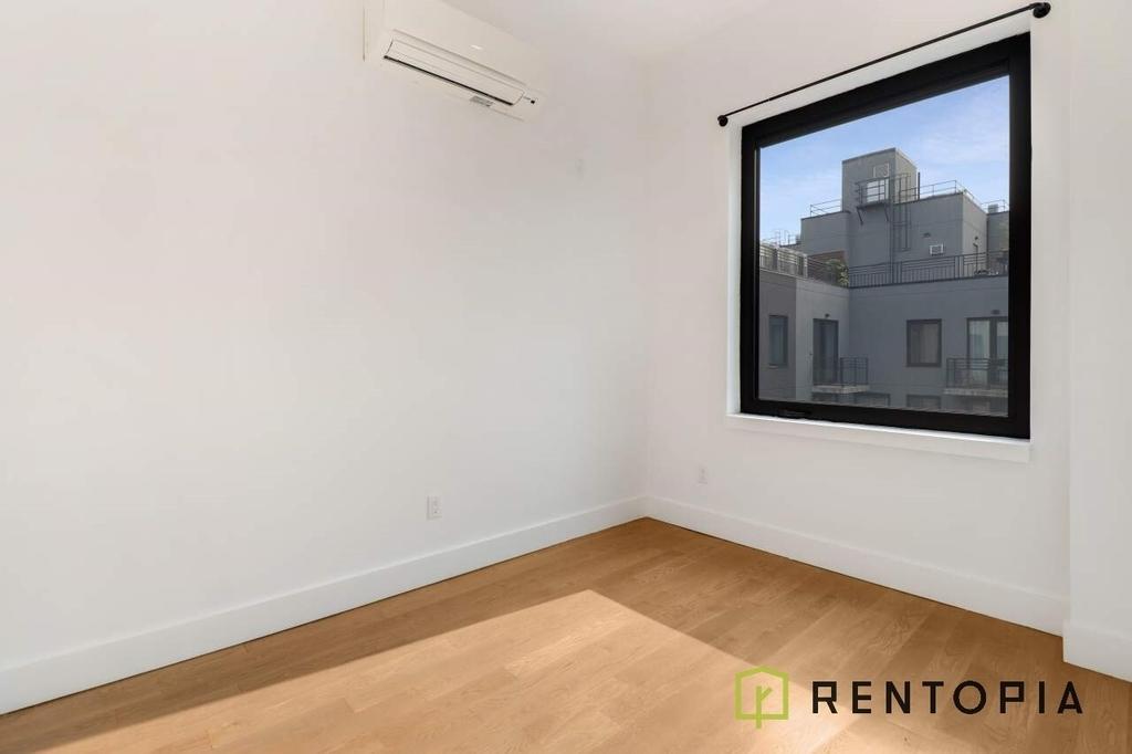125 Borinquen Place - Photo 2