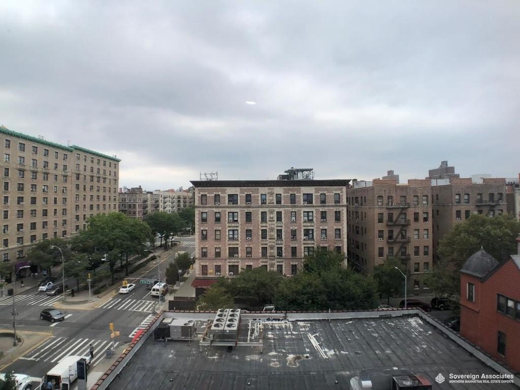 3620 Broadway - Photo 9