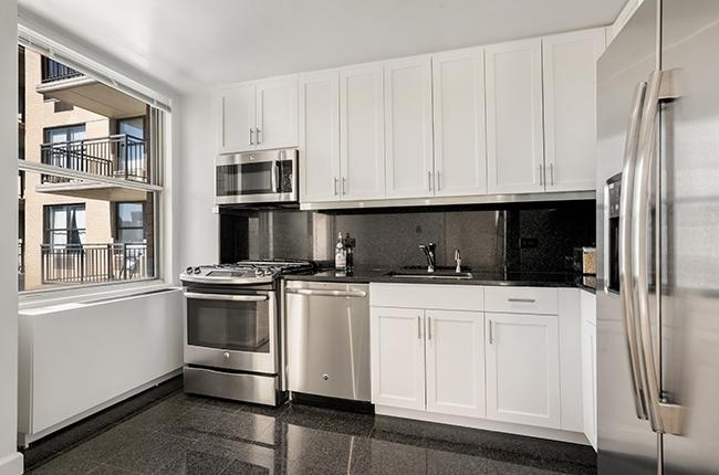East 56th Street/2nd Ave - Photo 5