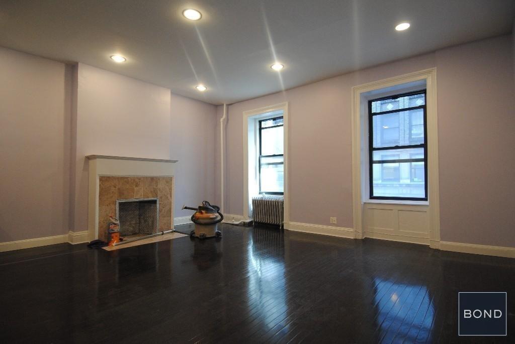 18 West 37th Street - Photo 0