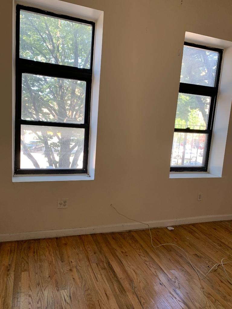 528 Flatbush Avenue - Photo 2