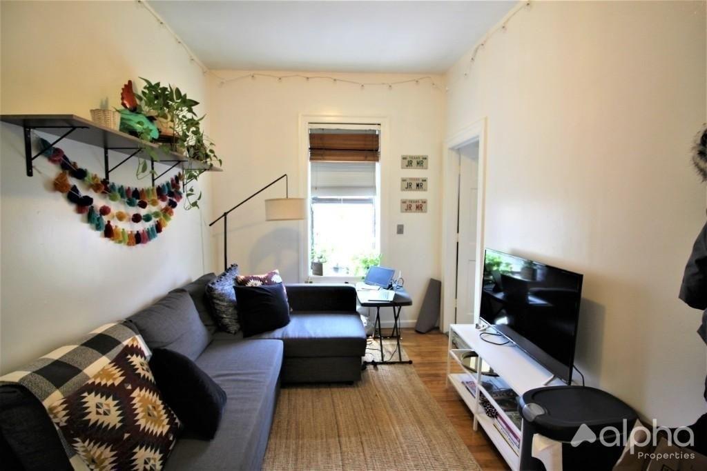 753 East 6th Street, New York, NY 10009 - Photo 3