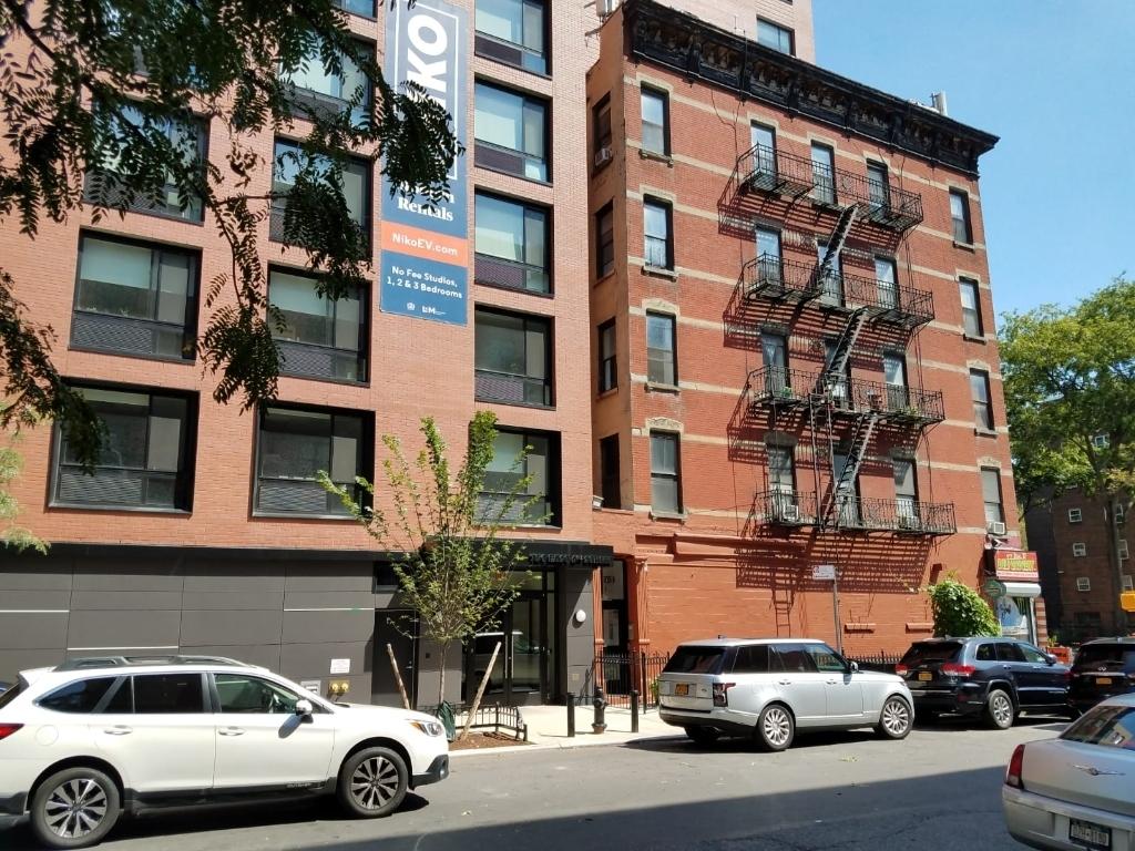 753 East 6th Street, New York, NY 10009 - Photo 0
