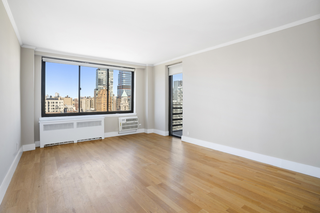West 97th and Columbus avenue - Photo 2