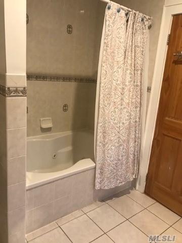 12 Bath - Photo 11