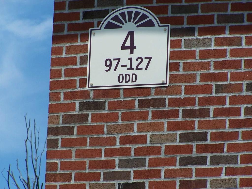 121 Farber Drive - Photo 3