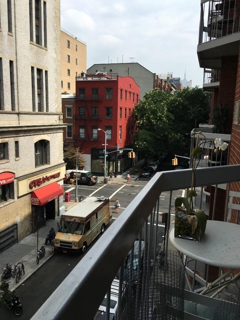 184 Thompson Street - Photo 6