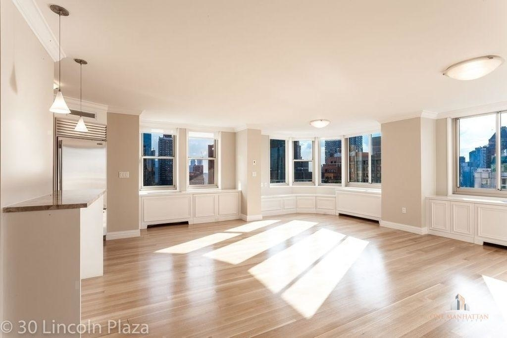30 West 63rd Street - Photo 3