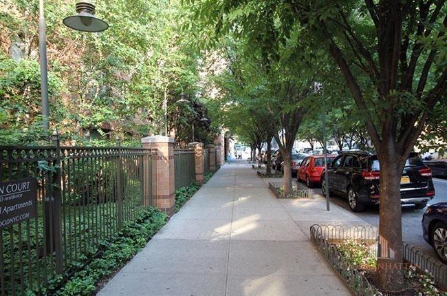 East 102nd Street - Photo 3