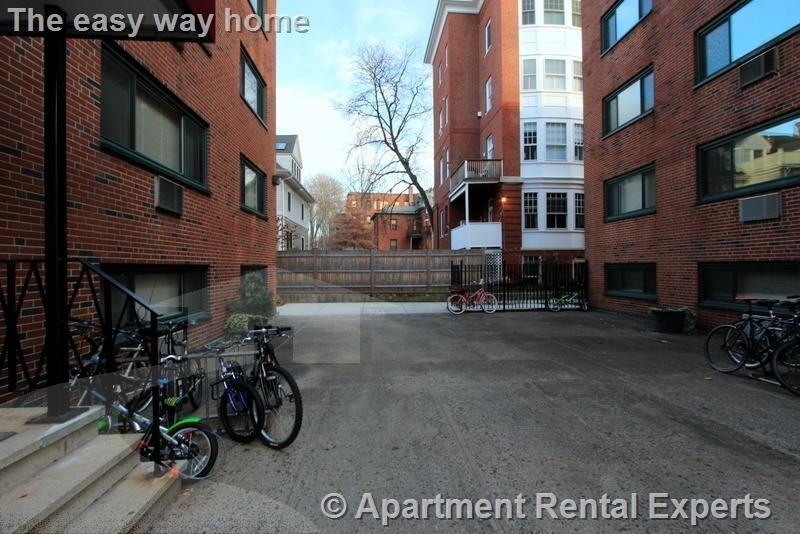 Harvard St - Photo 11