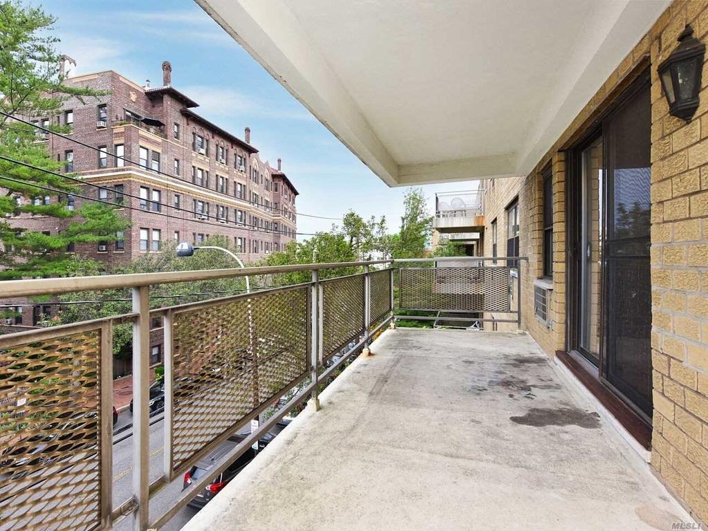 5 Schenck Avenue - Photo 15