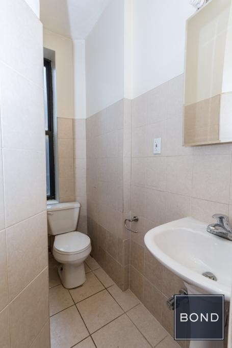256 East 10th Street - Photo 5