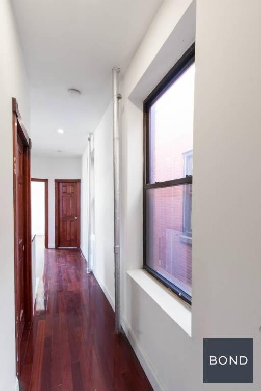 256 East 10th Street - Photo 1