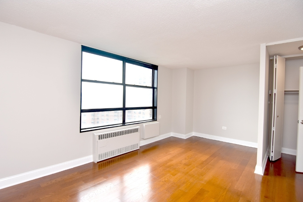3333 Broadway - Photo 0