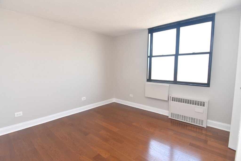 3333 Broadway - Photo 8