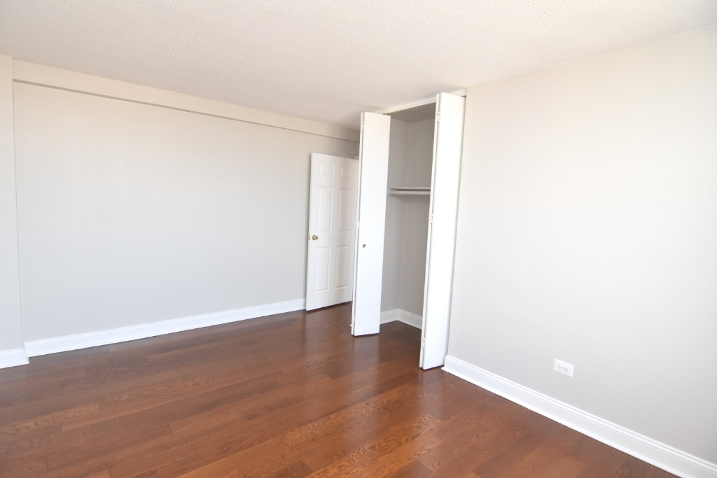 3333 Broadway - Photo 7